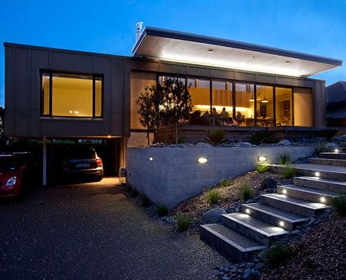 Screened by Pohutukawa House by Architecture Bureau (via Lunchbox Architect)