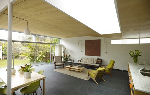 Sixel Miller Cottage by Durbach Block Jaggers Architects (via Lunchbox Architect)