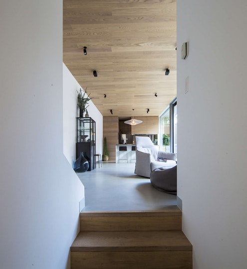Skin-Box House by mcmahon and nerlich (via Lunchbox Architect)