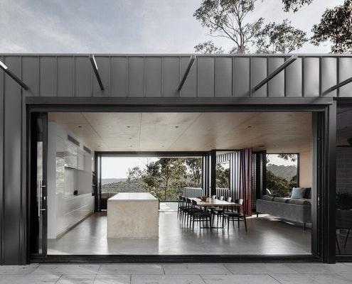 Skyline House by Lachlan Shepherd Architects (via Lunchbox Architect)