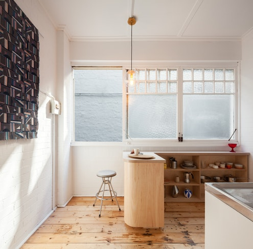 Small and Sculpted Studio Apartment by Catseye Bay (via Lunchbox Architect)