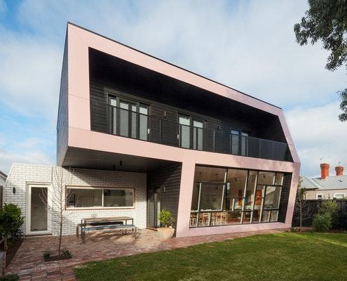 The Corner House by POLYstudio (via Lunchbox Architect)