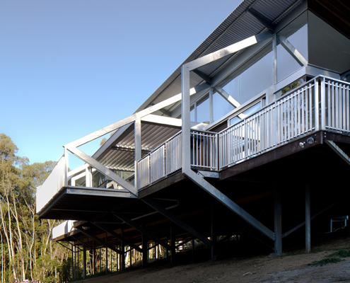 Tinbeerwah House by Robinson Architects (via Lunchbox Architect)