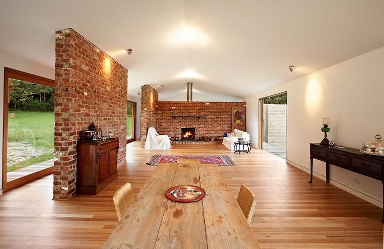 Tonimbuk Modern Farmhouse by Maxa Design (via Lunchbox Architect) (via Lunchbox Architect)