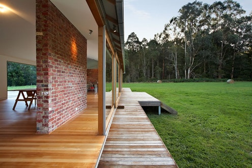 Tonimbuk House by  (via Lunchbox Architect)