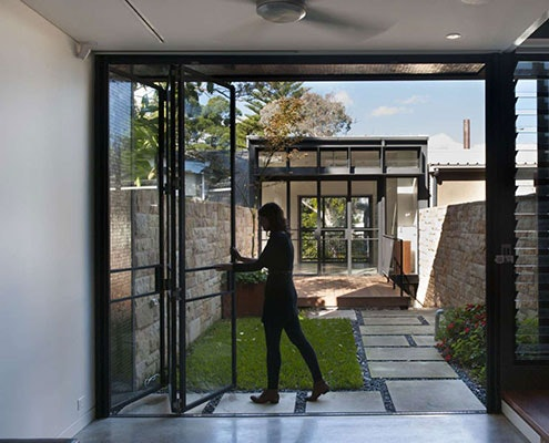 Upside Down Back to Front House by Carter Williamson Architects (via Lunchbox Architect)