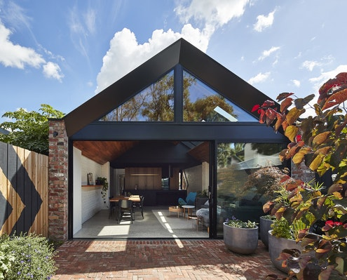 Valiant House by A for Architecture (via Lunchbox Architect)