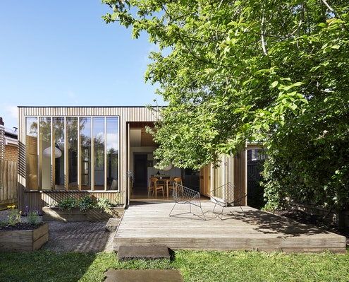 Wooden Box House by Moloney Architects (via Lunchbox Architect)