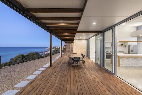 Yorke Peninsula Beach House by Mountford Williamson Architecture (via Lunchbox Architect)